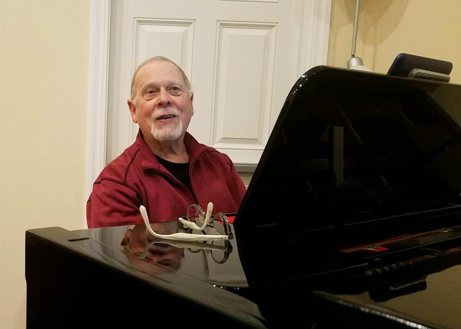Gary McRoberts, piano