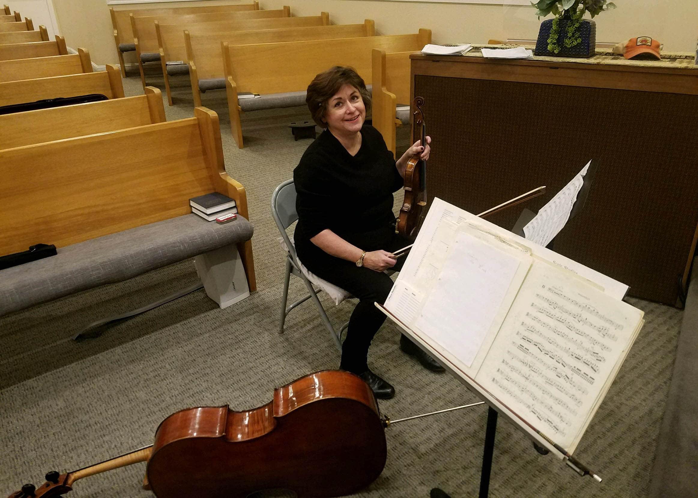 Penelope Linterman, violin